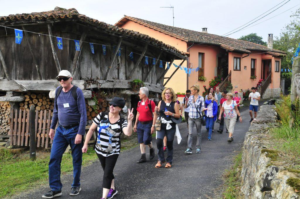 Foto tomada durante la actividad de senderismo en inglés en The Getaway